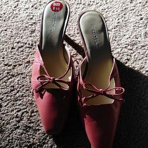 Shoes - Aerosoles dark pink leather shoes SZ 8.5